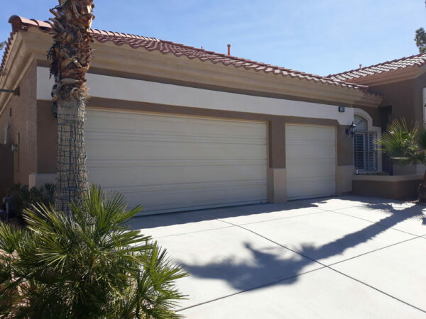 After picture professional garage door paint in Las Vegas, Nevada