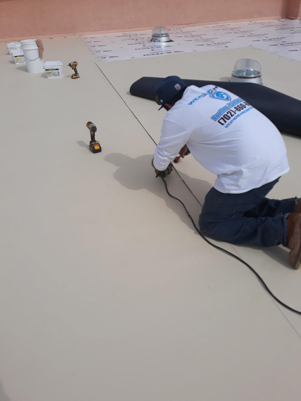 energy efficiency of flat roofs construction